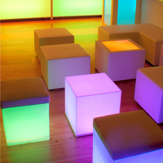 LED Cube [ CITY LIGHTS ] - Mietmöbel von ELEMENTS EVENTDESIGN