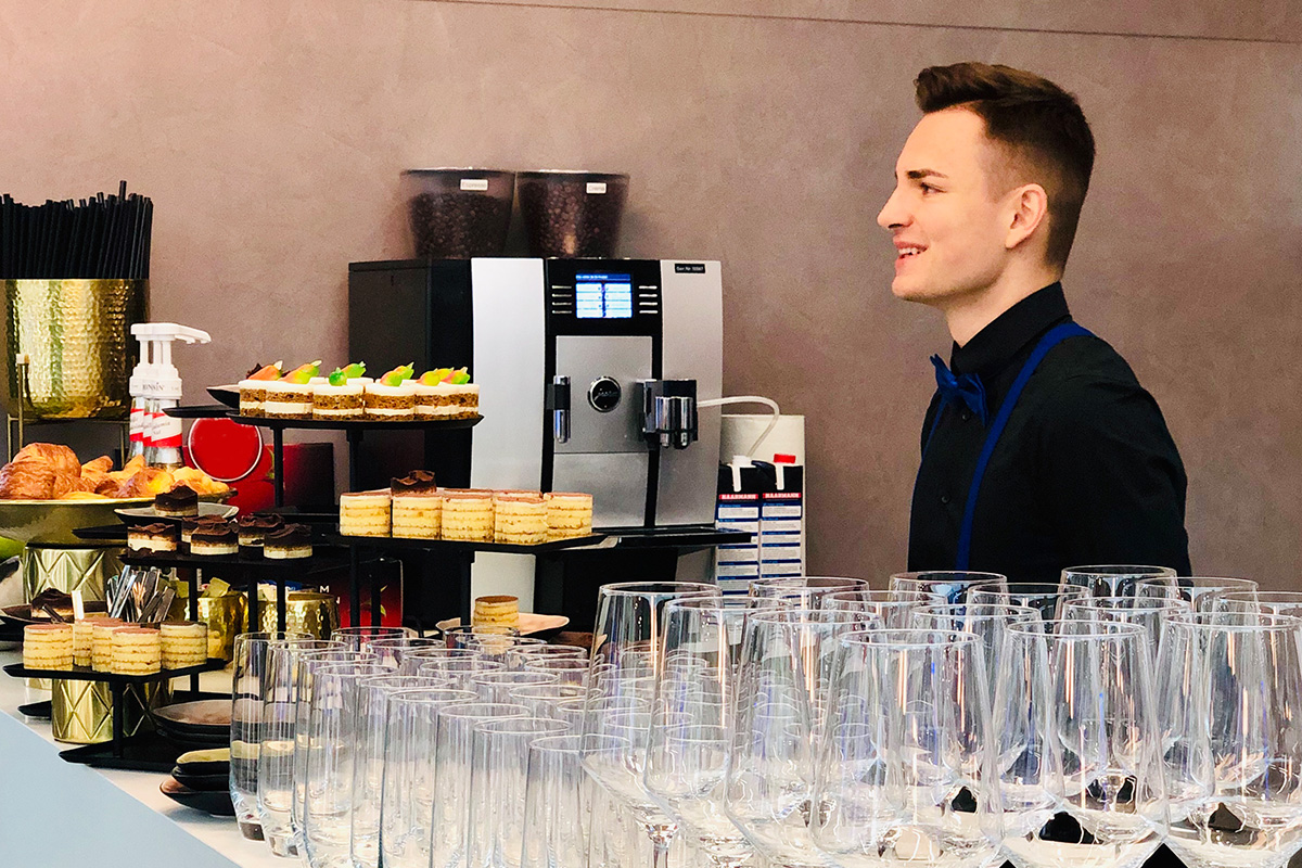 Barkeeper Messe Catering