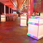LED Stehtisch - White - Mietmöbel von ELEMENTS EVENTDESIGN