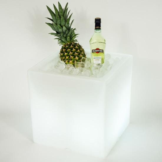 led flaschenk hler ice cube mietm bel von eventoutfitter. Black Bedroom Furniture Sets. Home Design Ideas
